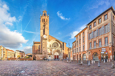 Vue sur une place à Toulouse