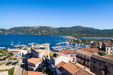 Vue sur le village vacances Corse de Porto-Vecchio