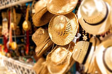 Marché d'artisans à Cuba